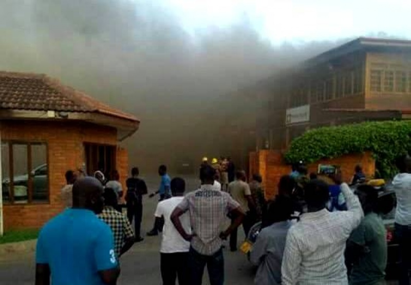 the coconut grove fire incident Former president john mahama has commiserated with the 2016 flagbearer of the progressive people's party (ppp), dr papa kwesi nduom whose coconut grove regency hotel was engulfed by fire on saturday.