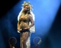 Beyonce 'gives birth to twins'