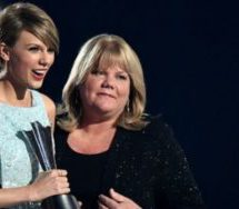 Taylor Swift's mum confronts DJ in court
