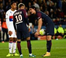 Emery tells Cavani and Neymar to sort it out after penalty disagreement